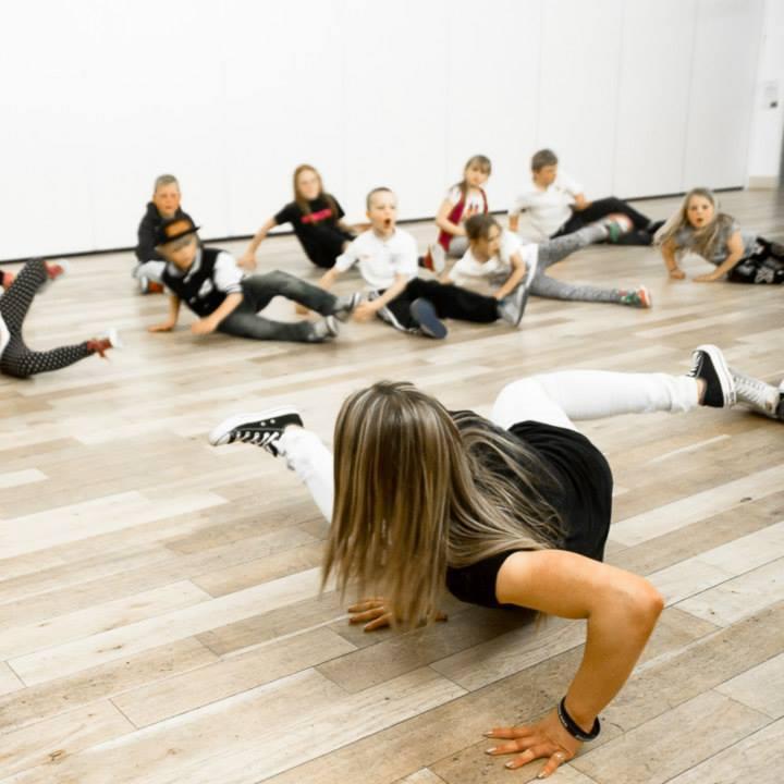 B Creative Dance